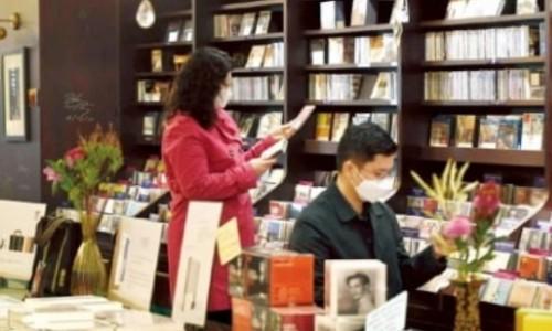 [한국경제] 구독 서비스에 평전 출판까지…풍월당의 이유있는 변신