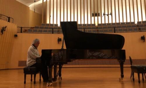 [조선일보] [시네마 클래식] 피아니스트 백건우와의 10시간 동행
